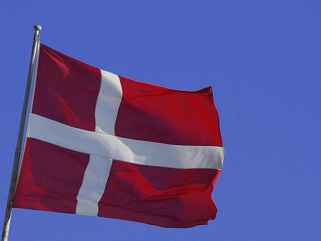Skärpta danska krav för återförening