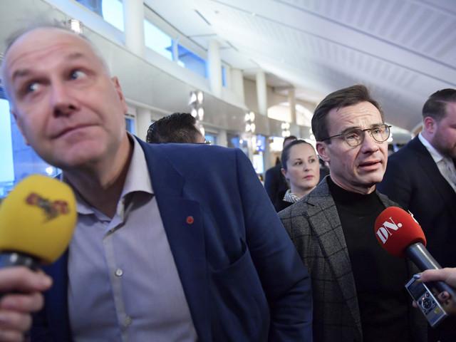 Därför tvekar Kristersson att äntra Sjöstedts barrikad – och fälla Löfven