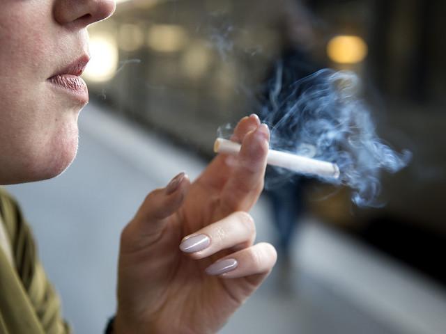Miljoner rökare dör men vinsterna ökar