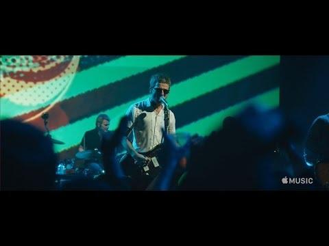 Apple Music satsar mer på konsertvideos