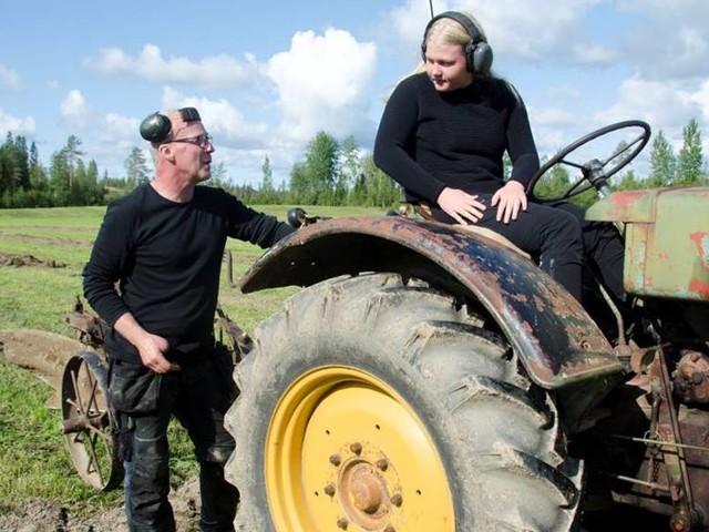 Veterantraktorplöjning i Björkfors