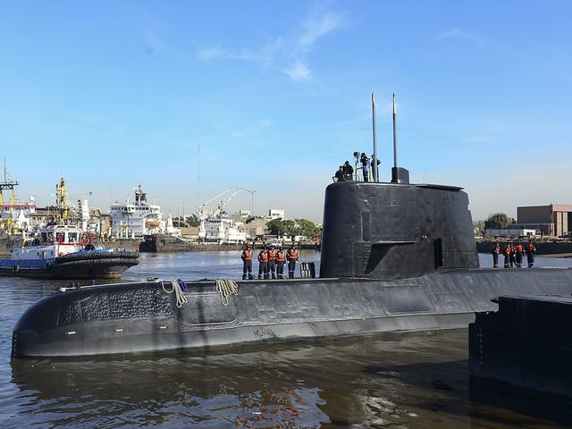 Signaler från försvunnen ubåt