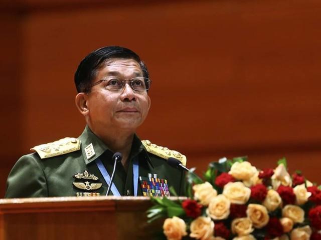 USA stoppar Myanmars arméchef