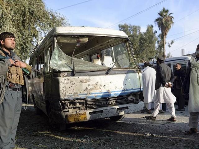 Bombdåd i Jalalabad krävde åtta liv