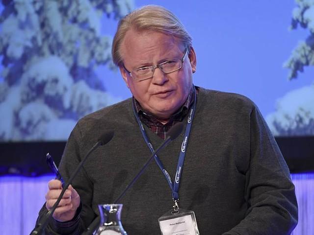 Hultqvist öppen för svensk trupp i Ukraina