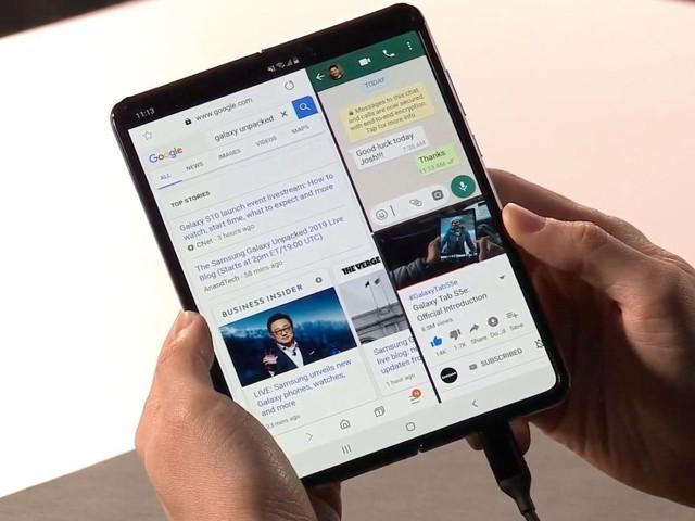 Samsung presenterar ny, vikbar smartphone