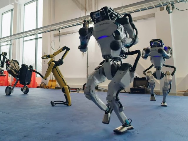 Boston Dynamics robotar dansar loss