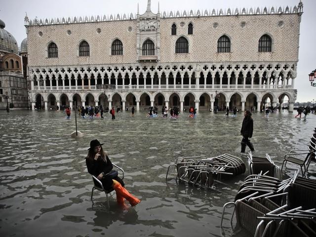 """Översvämningarna """"en stöt i landets hjärta"""""""