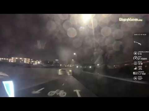 FILM: Första turen på Södra Marieholmsbrons cykelbana över E45