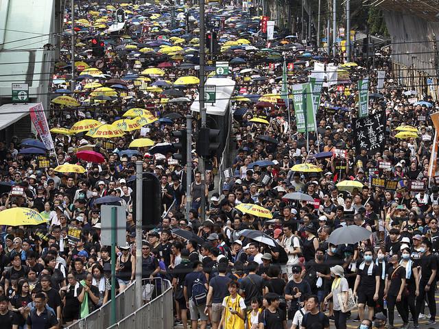 Nya protester i Hongkong