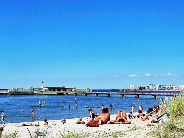 Fritt fram att bada i Malmö igen