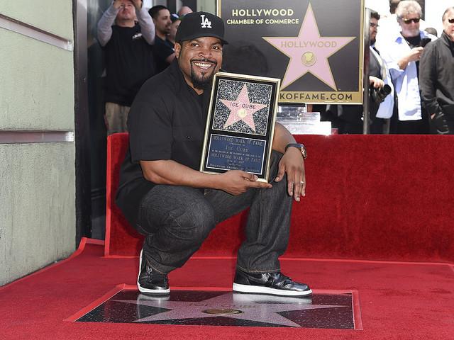 Ice Cube har fått en stjärna på Walk of Fame
