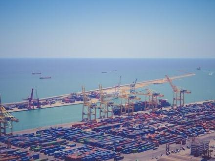 Lobbyister motarbetar minskningen av utsläpp för fraktfartyg