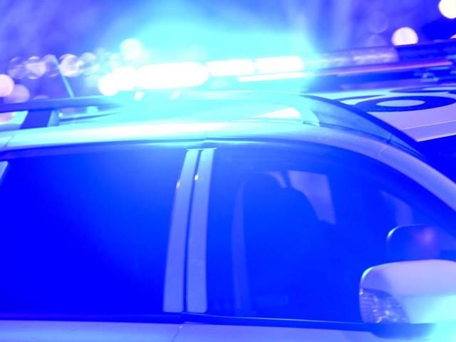 Man död – hittades svårt skadad på parkering
