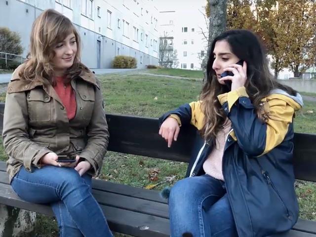 Kampanjen som ska få nyanlända och svenska ungdomar att prata