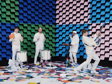 Här dansar Ok Go med skrivare i sin nya musikvideo