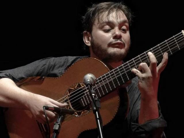 Brasiliansk gitarrmästare till Uppsala