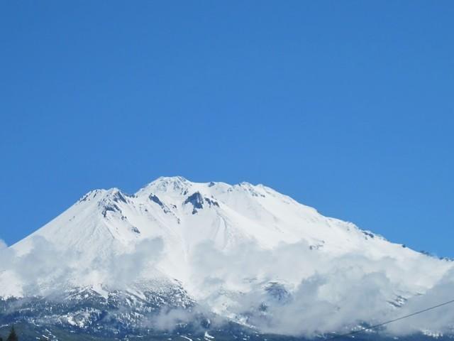 Snö på Mt Shasta