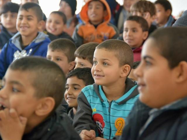 Israel torterar och misshandlar barn från Palestina