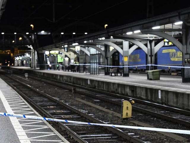 Gripen för att ha knuffat kvinna framför tåg