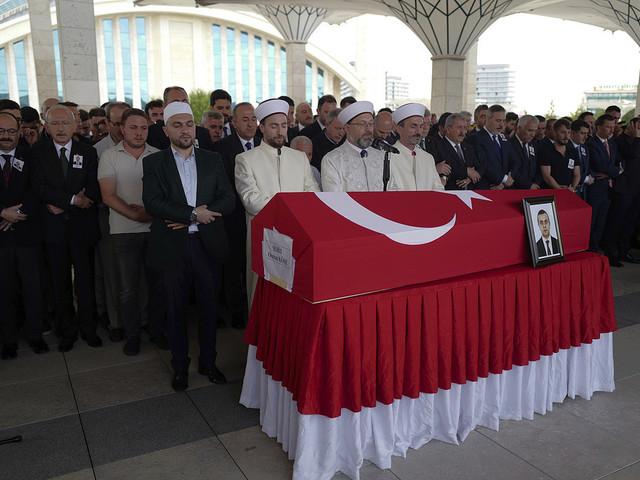 Man gripen i Irak efter diplomatmord