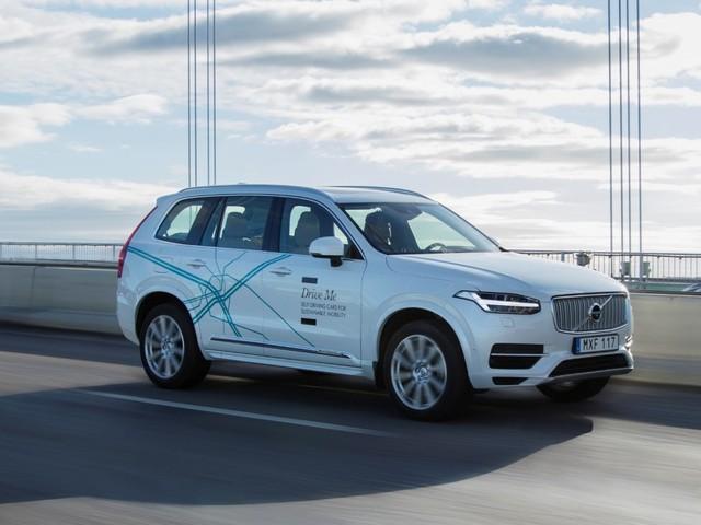 9 av 10 bilar försvinner i Stockholm med självkörande bilar
