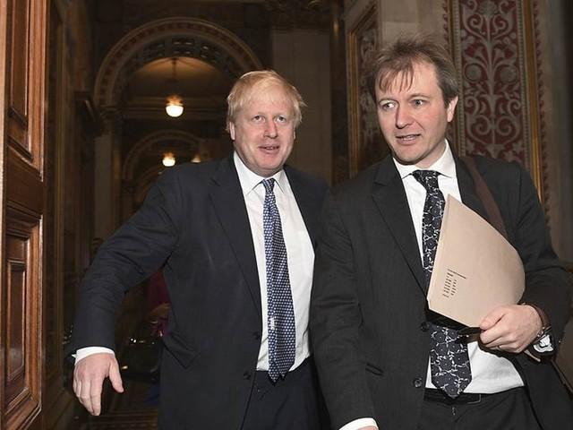 Ber om diplomatiskt skydd för fängslad britt