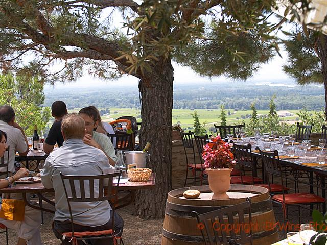 Provence-känsla och historiens vingslag | vinresan till södra Rhônedalen