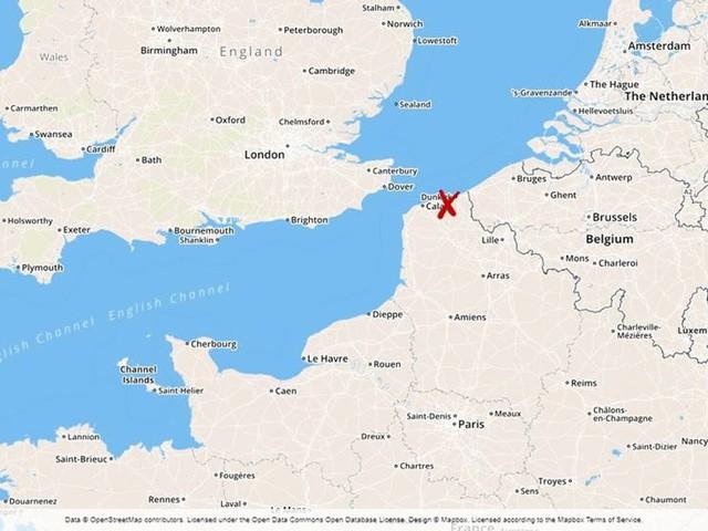Flyktingläger töms i franska Dunkerque