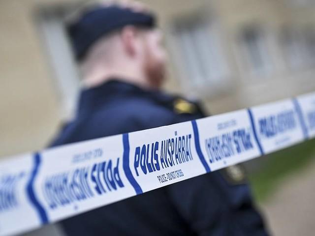 Två gripna för mord i södra Stockholm