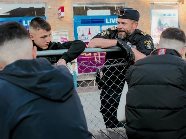 """Efter framgången: SVT gör en säsong 2 av """"Tunna blå linjen"""""""