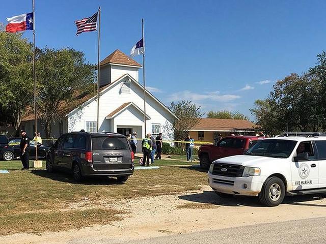 26 döda ihjälskjutna i kyrka i Texas