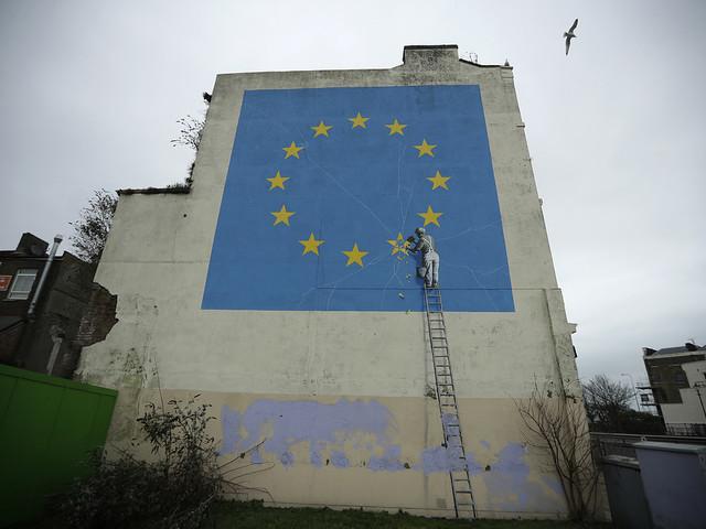 Banksys brexitmålning har tagits bort