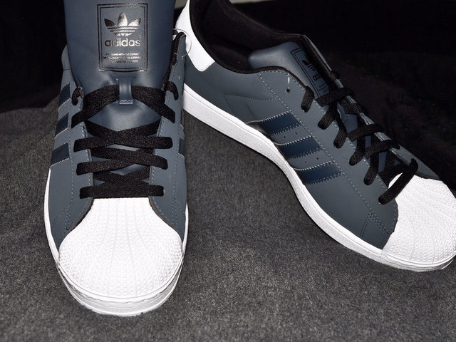 Adidas får inte registrera sina tre ränder som varumärke
