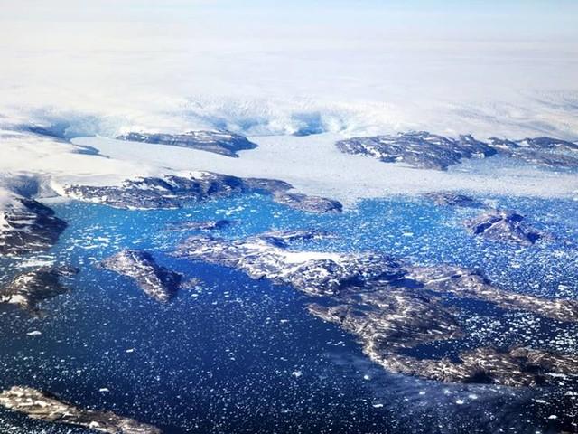 Grönlands istäcke smälter snabbare än trott