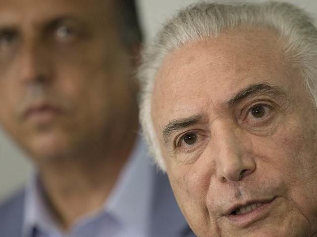 Militären tar över lag och ordning i Rio