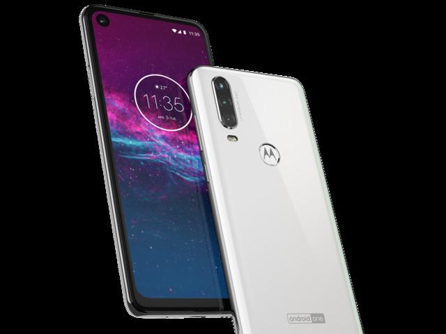 Motorola lanserar One Action med 21:9-skärm