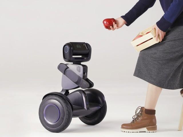 Segway släpper konsumentversion av robotfordonet Loomo