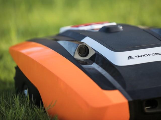 Yard Force Amiro 400i – billig robotgräsklippare med ultraljudssensor och wifi