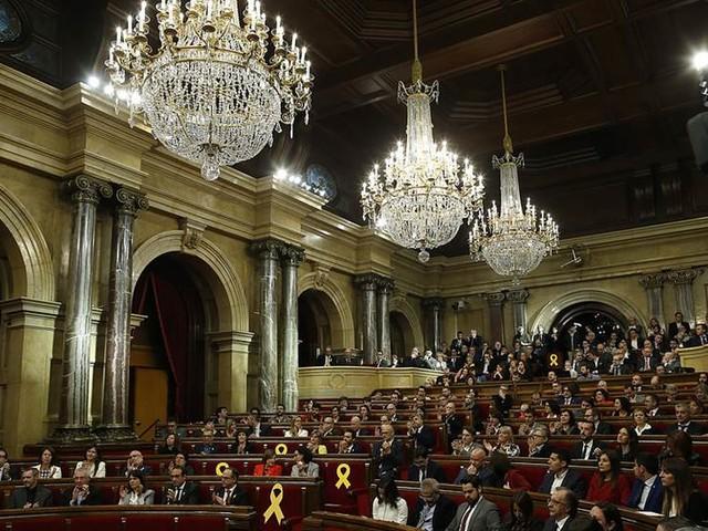 Puigdemont vill rösta via ombud