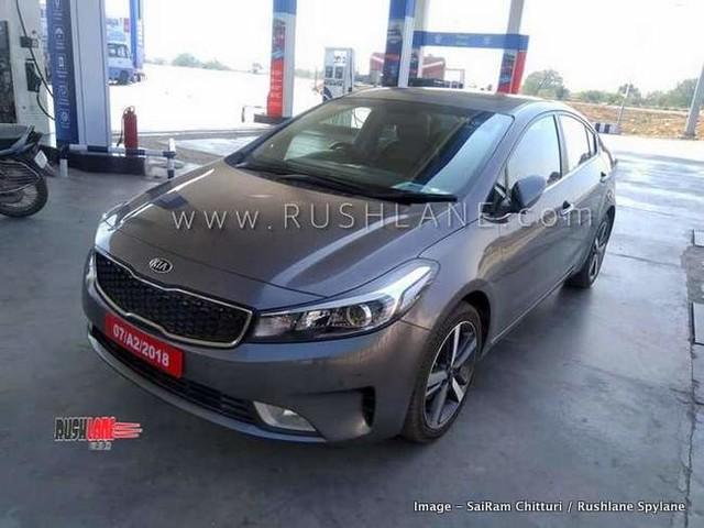 Kia Cerato sedan spied testing in India – Based on new Hyundai Elantra