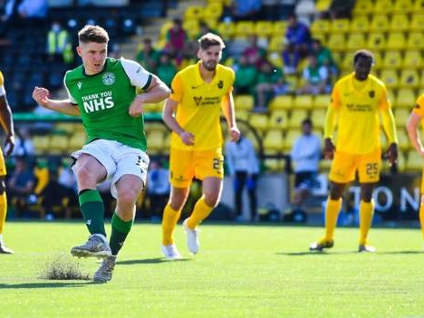 Kevin Nisbet nets first Hibs goals with hat-trick against Livingston
