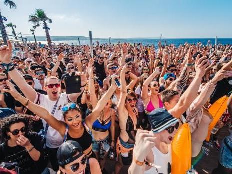 Dance music festival brings 8,000 to Maltese shores
