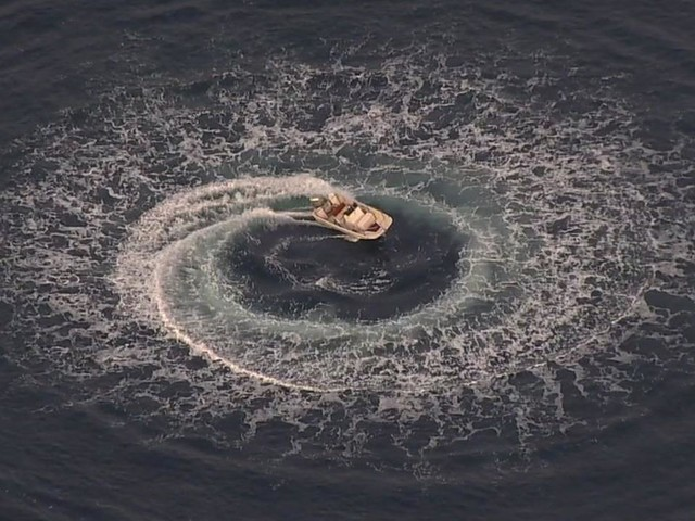Search for man called off after boat found spinning near Half Moon Bay