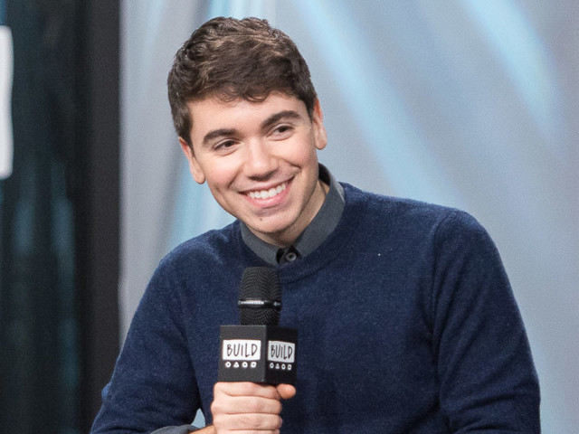 Noah Galvin Explains Trying to Make 'Evan Hansen' His Own