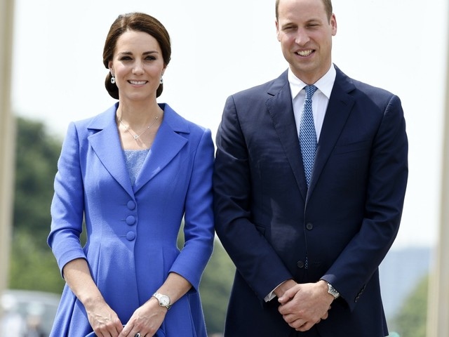 Duchess Kate & William stepped out this weekend for a friend's wedding