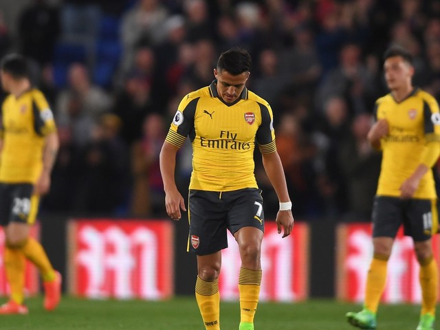Chelsea facing competition from Manchester City, Juventus for Alexis Sanchez — repors