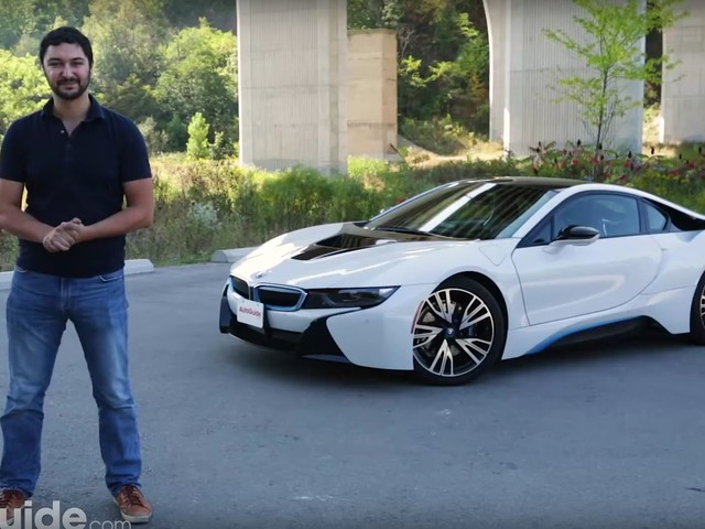 Video: 2017 BMW i8 Review Praises Its Dual Character