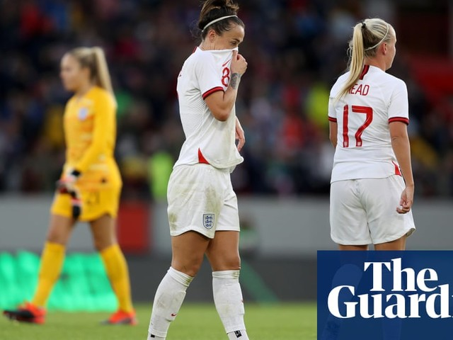 Caroline Hansen's last-minute goal for Norway consigns England to defeat