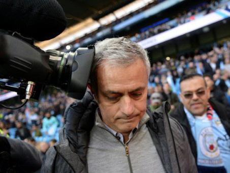 Mourinho thanks Van Gaal for United spirit